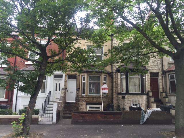 4 Bedrooms House for sale in Coldcotes Avenue, Harehills, LS9