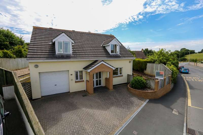 4 Bedrooms Detached Bungalow for sale in Longford Lane, Kingsteignton