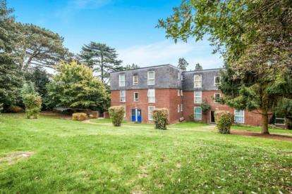 2 Bedrooms Flat for sale in Bohemia, Hemel Hempstead, Hertfordshire