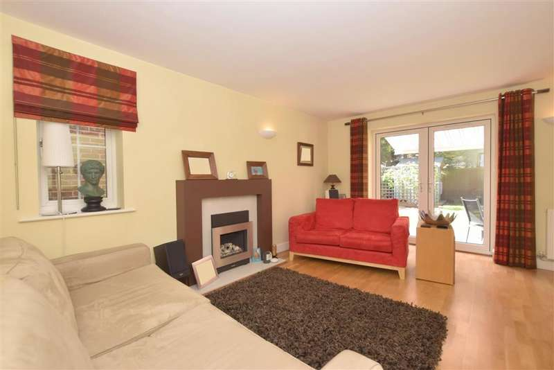 5 Bedrooms Detached House for sale in Deans Close, Fontwell, Arundel, West Sussex