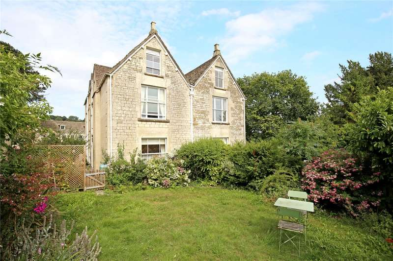 4 Bedrooms Flat for sale in Chestnut Hill House, Chestnut Hill, Stroud, Gloucestershire, GL6