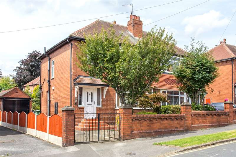 3 Bedrooms Semi Detached House for sale in Manston Crescent, Leeds, West Yorkshire, LS15