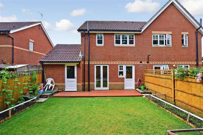 3 Bedrooms Semi Detached House for sale in Tattershall Road, Maidstone, Kent