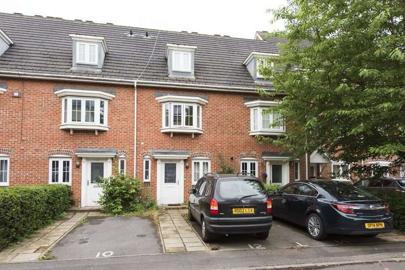 4 Bedrooms Terraced House for sale in Dreadnought Close, London, London, SW19