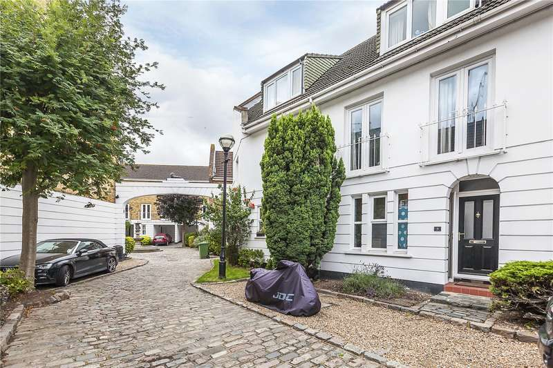 3 Bedrooms Terraced House for sale in Robinscroft Mews, London, SE10