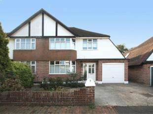 3 Bedrooms Semi Detached House for sale in St. Johns Park, Tunbridge Wells, Kent