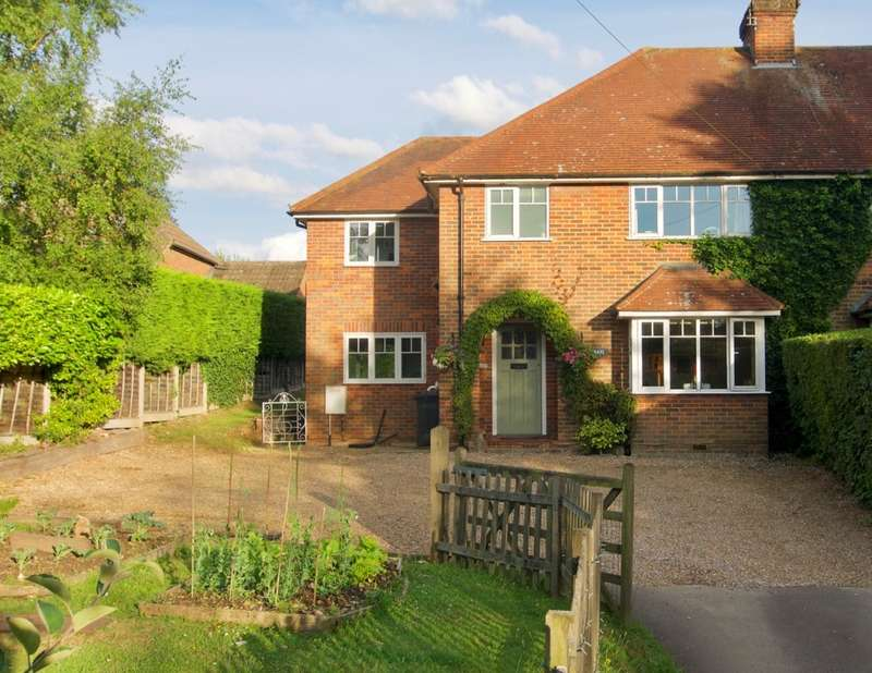 4 Bedrooms Semi Detached House for sale in Vache Lane, Chalfont St Giles, HP8