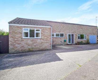 3 Bedrooms Bungalow for sale in Littleport, Ely, Cambridgeshire
