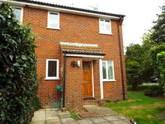 1 Bedroom End Of Terrace House for sale in Alton, Hampshire