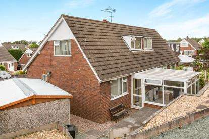 2 Bedrooms Bungalow for sale in Brown Avenue, Church Lawton, Stoke On Trent, Cheshire