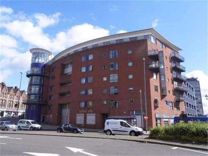 1 Bedroom Flat for sale in City Heights, Snow Hill, Birmingham, B4 6HW