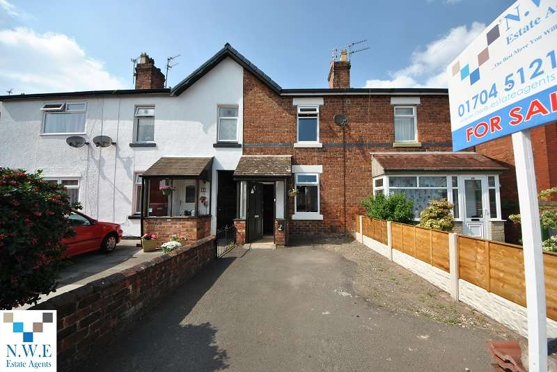2 Bedrooms Terraced House for sale in Newton Street, Southport, PR9 7AS