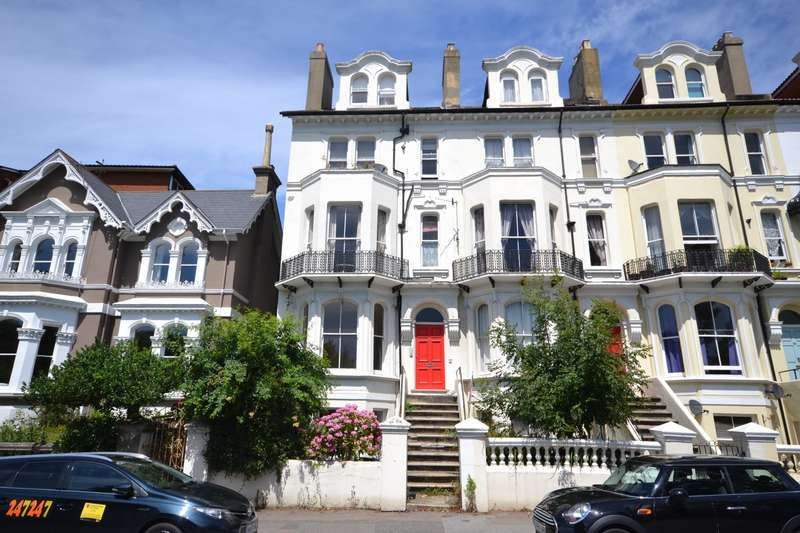 2 Bedrooms Maisonette Flat for sale in St Helens Road, Hastings, TN34