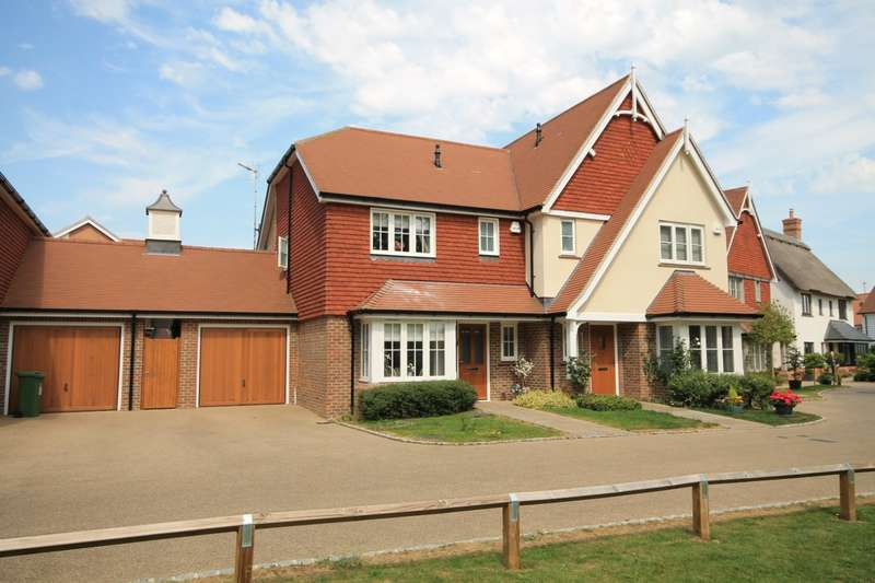 3 Bedrooms Semi Detached House for sale in Bramble Close, Barns Green, RH13