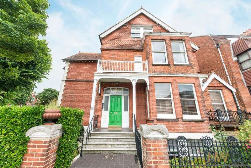 1 Bedroom Apartment Flat for sale in Sackville Road, Hove, East Sussex, BN3 3FD