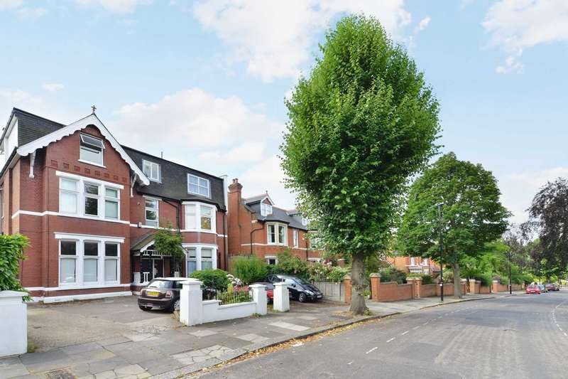 1 Bedroom Apartment Flat for sale in Park Hill, Ealing