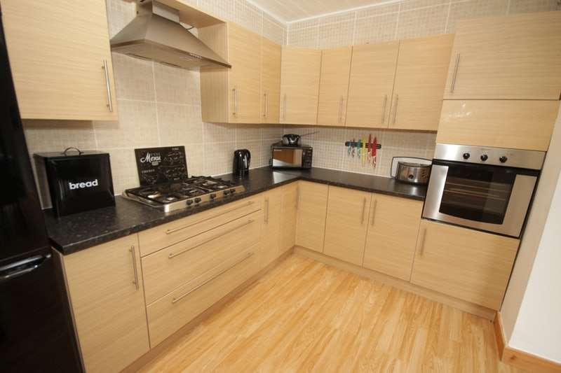 2 Bedrooms Terraced House for sale in Norfolk Road, Blackpool, Lancashire, FY3
