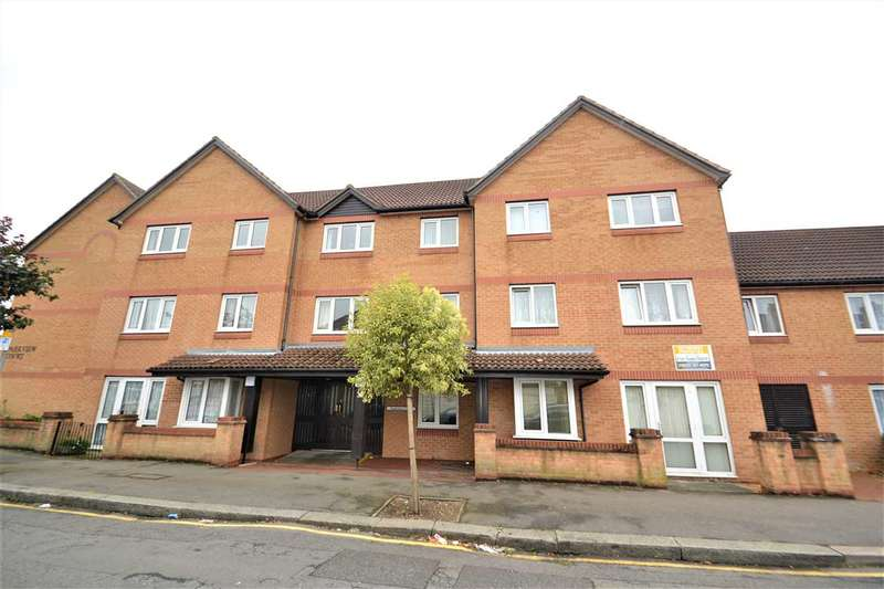 1 Bedroom Retirement Property for sale in Brancaster Road, Newbury Park, Ilford