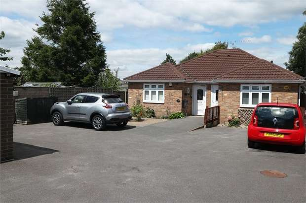 1 Bedroom Semi Detached Bungalow for sale in Curtis Road, Poole, Dorset