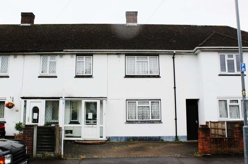 3 Bedrooms Terraced House for sale in Waltham Road, Woodford Green