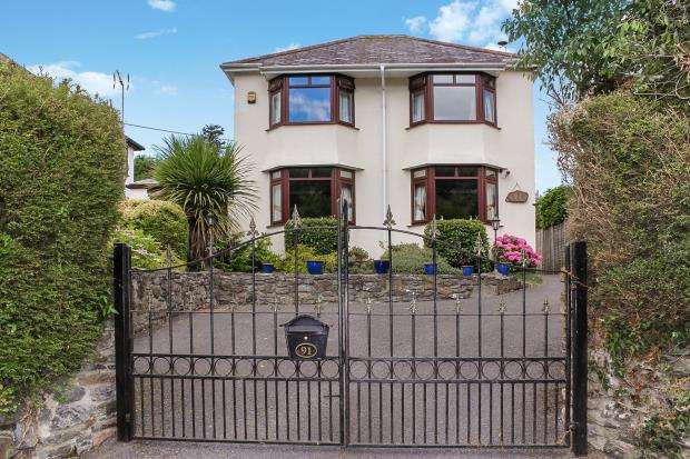 4 Bedrooms Detached House for sale in Plymouth Road, Buckfastleigh, Devon