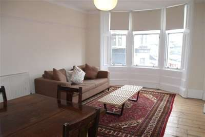 2 Bedrooms Flat for rent in Byres Road, West End