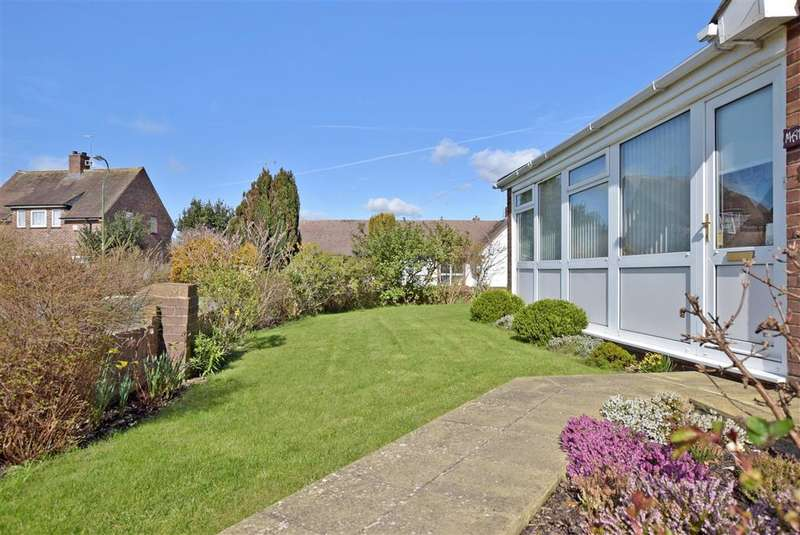 2 Bedrooms Bungalow for sale in St. Marys Way, Littlehampton, West Sussex