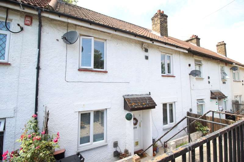 3 Bedrooms Property for sale in South Kent Avenue, Northfleet, Gravesend, DA11