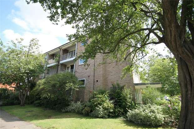 2 Bedrooms Flat for sale in St Michaels Road, Bedford