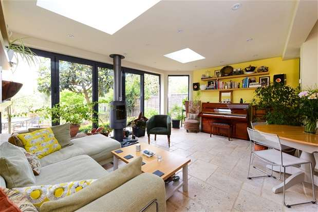 3 Bedrooms Flat for sale in Wood vale, Forest Hill