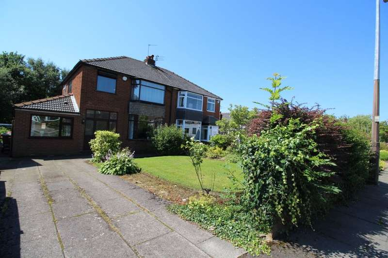 4 Bedrooms Semi Detached House for sale in Francis Avenue, Worsley, Manchester, M28