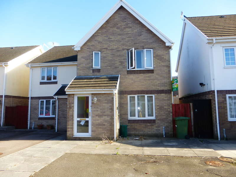 3 Bedrooms Semi Detached House for sale in East Street, Pontypridd