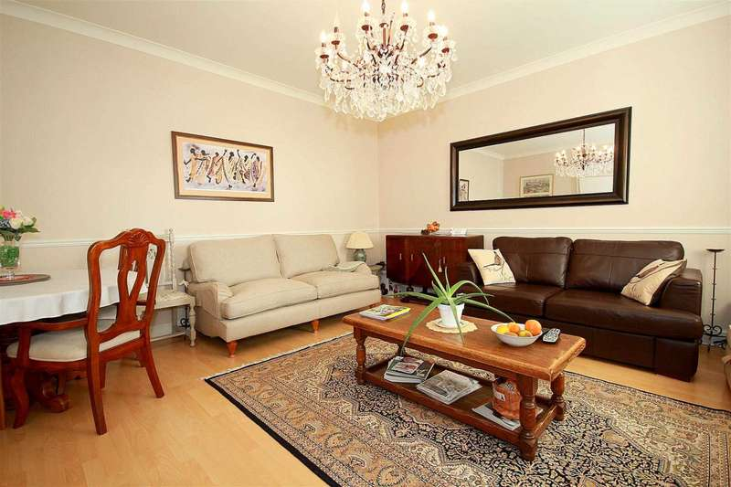 2 Bedrooms Apartment Flat for sale in 2 DOUBLE BED TOP FLOOR APARTMENT in EDWARDIAN GATED DEVELOPMENT, Leavesden Court