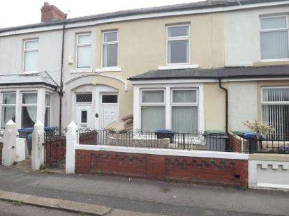 4 Bedrooms Terraced House for sale in Westbourne Avenue, Blackpool, Lancashire, FY1