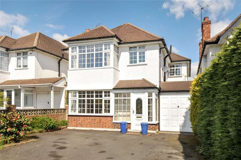 4 Bedrooms Detached House for sale in Swakeleys Road, Ickenham, Middlesex, UB10