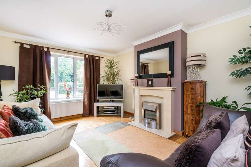 2 Bedrooms Maisonette Flat for sale in lower Cookham Road, Maidenhead, Berkshire, SL6