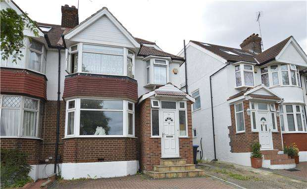 4 Bedrooms Semi Detached House for sale in Roe Green, KINGSBURY, NW9 0PE