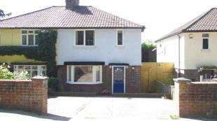 3 Bedrooms Semi Detached House for sale in Gatton Park Road, Redhill, Surrey