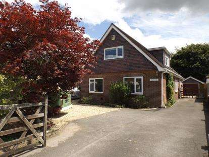 5 Bedrooms Detached House for sale in Holbury, Southampton, Hampshire