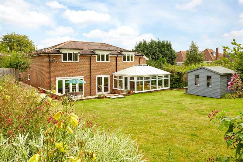 5 Bedrooms Detached House for sale in Yardley Park Road, Tonbridge, Kent, TN9