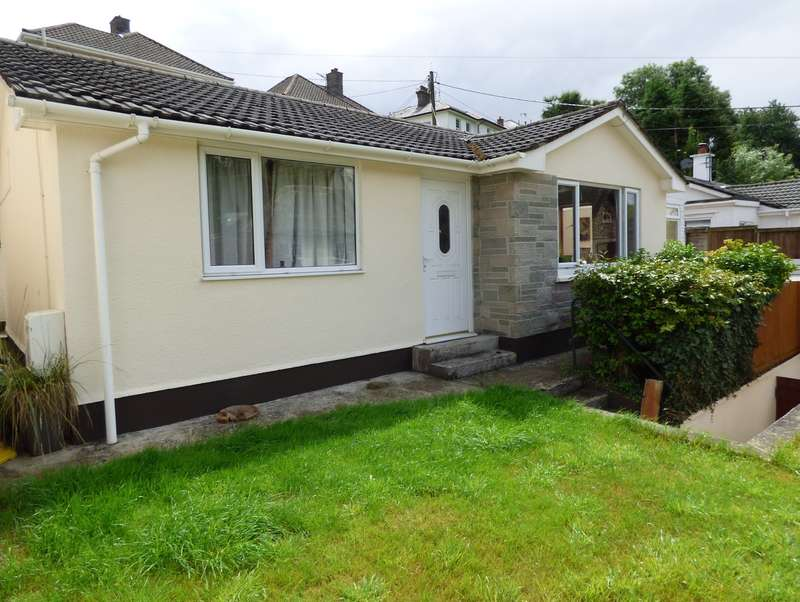 2 Bedrooms Detached Bungalow for sale in Castle Road, Okehampton