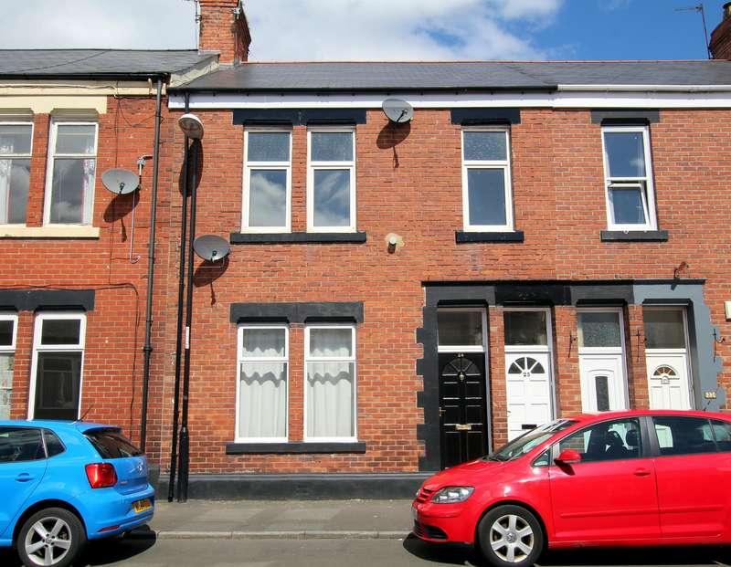 3 Bedrooms Flat for sale in Sandringham Road, Roker, Sunderland, SR6 9QZ