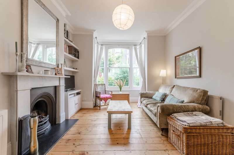 4 Bedrooms Terraced House for sale in St Thomas's Road, Finsbury Park, N4