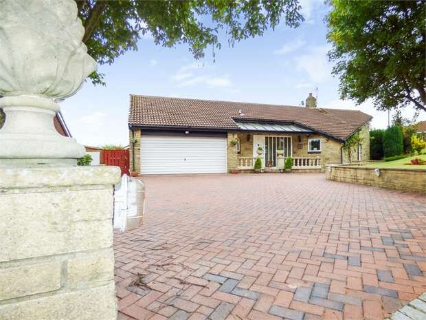 5 Bedrooms Detached Bungalow for sale in Wentworth Drive, Washington, Tyne and Wear