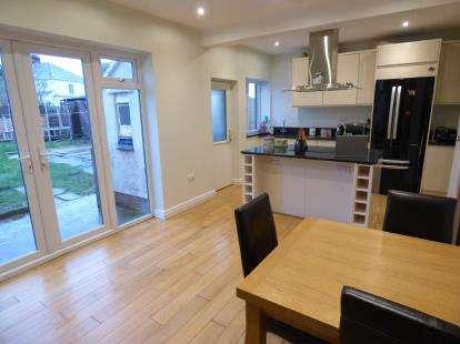 3 Bedrooms Semi Detached House for sale in Maesgwyn Road, Penrhyn Bay, Llandudno, Conwy, LL30