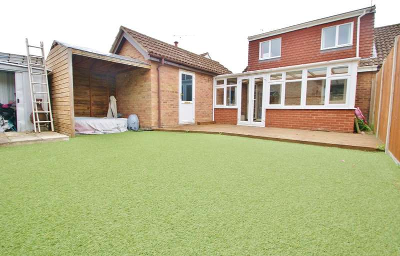 3 Bedrooms Detached Bungalow for sale in Brambles Close, Spixworth, Norwich