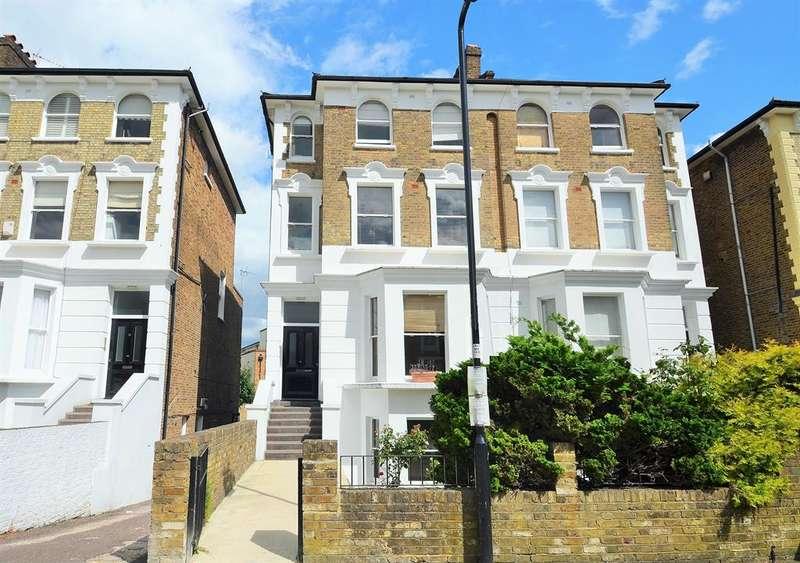 2 Bedrooms Flat for sale in Windsor Road, Ealing, London, W5 3UL