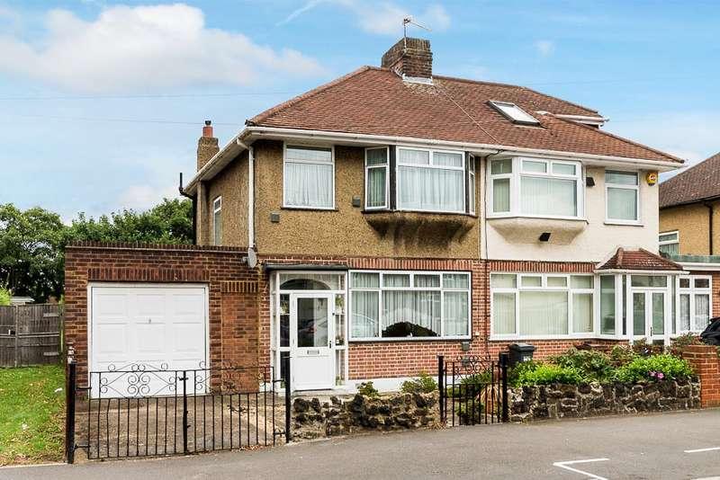 3 Bedrooms Semi Detached House for sale in Brainton Avenue, Feltham, TW14