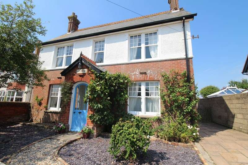 5 Bedrooms Detached House for sale in Keyhaven Road, Milford On Sea, Lymington