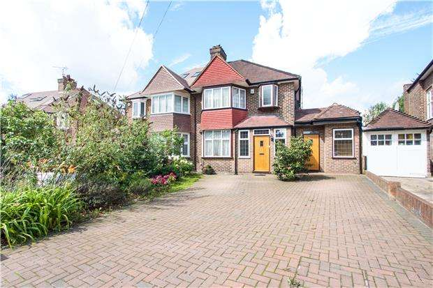 4 Bedrooms Semi Detached House for sale in Slough Lane, KINGSBURY, NW9 8YB